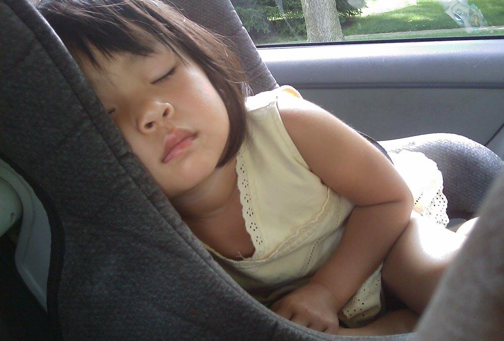 child-in-car-seat