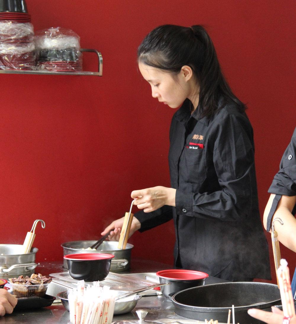 restaurant-staff